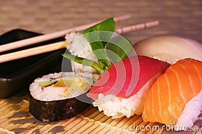 Food: sushi & maki