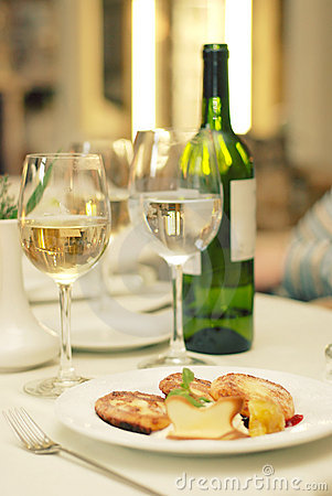 Free Food Wine Tasting On Restaurant Table Stock Image - 4736741