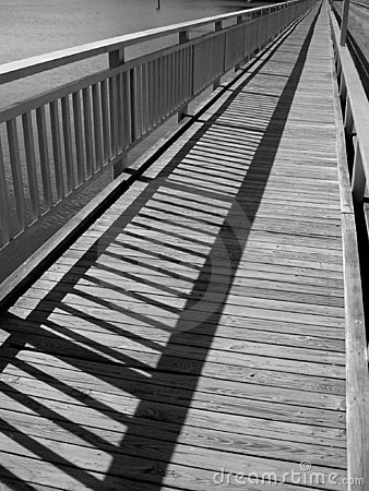Free Foot Bridge Over The Water Royalty Free Stock Photos - 1870778
