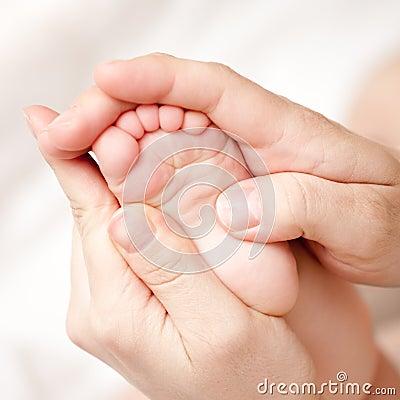 Free Foot Massage Stock Photos - 9104243