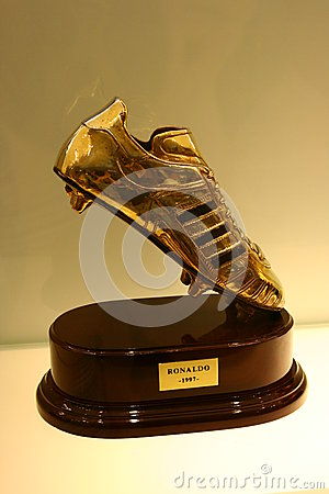Free Football Cup Royalty Free Stock Photo - 35994185