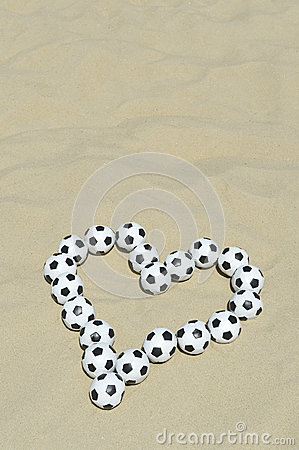 Free Football Love Heart Made With Soccer Balls On Beach Royalty Free Stock Photos - 40061728