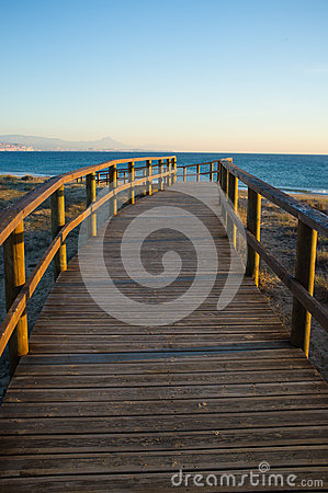 Free Footbridge Towards The Mediterranean Royalty Free Stock Photography - 28549077