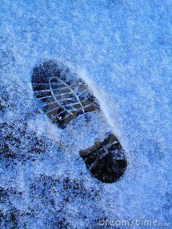 Free Footprint In Snow Royalty Free Stock Photos - 1203478