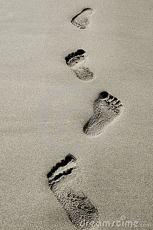Free Footprints Royalty Free Stock Image - 12060906