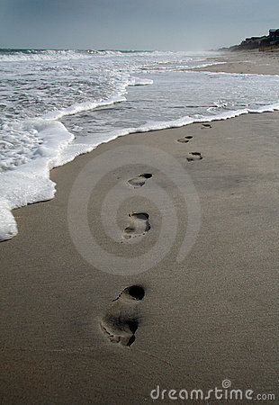 Free Footprints On The Beach Stock Photography - 774892