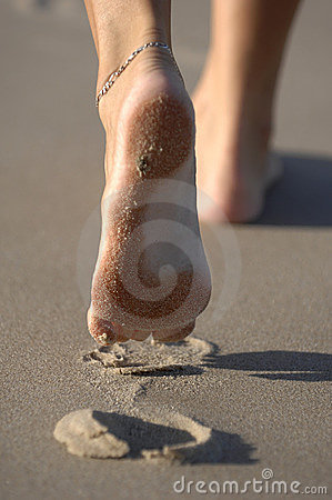 Free Footsteps 02 Royalty Free Stock Photo - 2008355