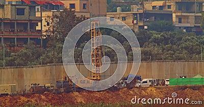 Forças do IDF na beira entre Israel e Líbano filme