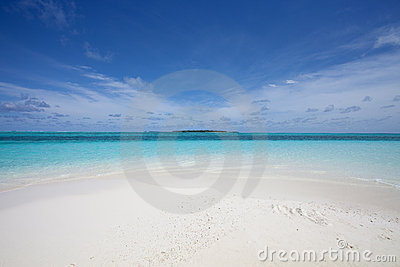 Forgotten Beach Royalty Free Stock Images - Image: 15175009