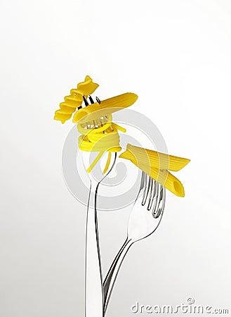Fork with macaroni and spaghetti