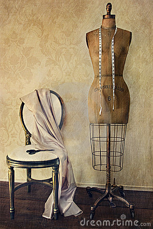 Forma y silla antiguas de la alineada con la sensación de la vendimia