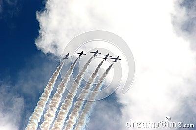 Formación roja de las flechas en la demostración de aire de Eastbourne 2005