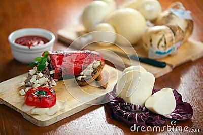 Formaggio del provolone e peperone dolce farcito
