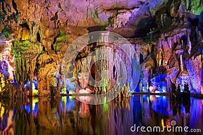 Rencontre stalactite et stalagmite