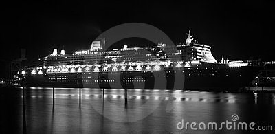 Forro do cruzeiro de Queen Mary 2 em Sydney, Austrália Foto Editorial