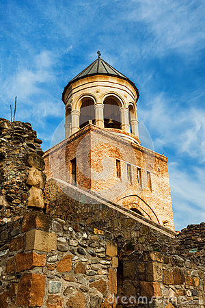 Free Fort And Wall Of Svetitskhoveli Orthodox Cathedral In Mtskheta, Georgia Royalty Free Stock Photo - 81662885