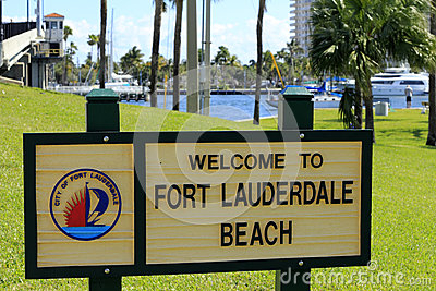 Fort Lauderdale Beach Welcome Sign Editorial Stock Image