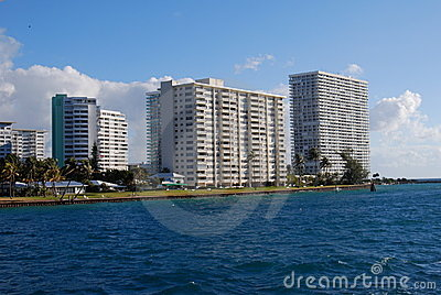 Fort Lauderdale Condominium Point of Americas
