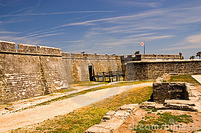 Fort wall and fort entrance