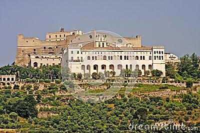 κορυφή υψώματος Νάπολη fortrees