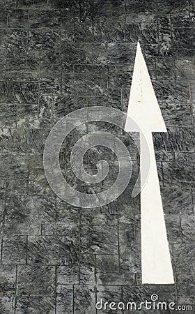 Forward direction white arrow sign