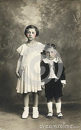 Foto antica di originale 1910 - bambini svegli