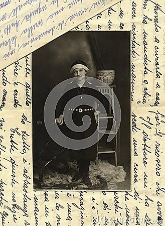 Foto antigua de la original 1915 - chica joven