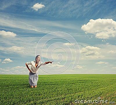 Foto av den häpna kvinnan