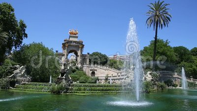 Fountain big cascade in park of the citadel at barcelona stock video footage