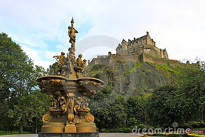 Fountain at Edinburgh Castle