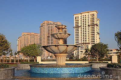 Fountain at The Pearl in Doha