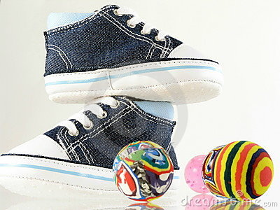 Four ball and baby shoes