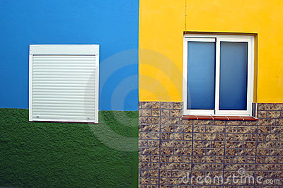Four-color wall