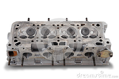 Four cylinder engine head