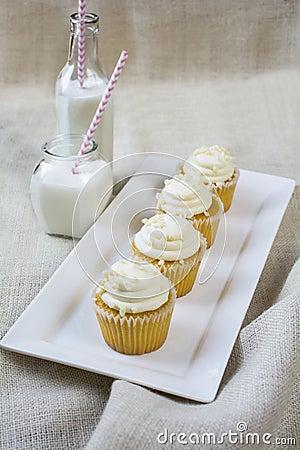 Milk Chocolate And Vanilla Cupcakes Stock PhotographyImage1926882