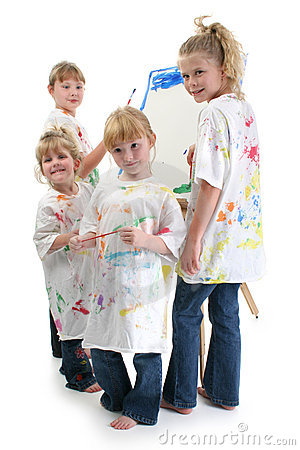 Free Four Girls Painting At Easel Stock Photography - 320122