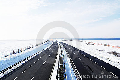 Four-lane highway in winter