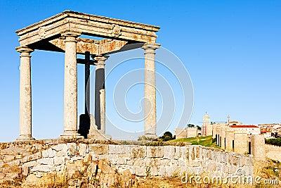 The four poles, Avila