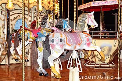 Four pony carosel