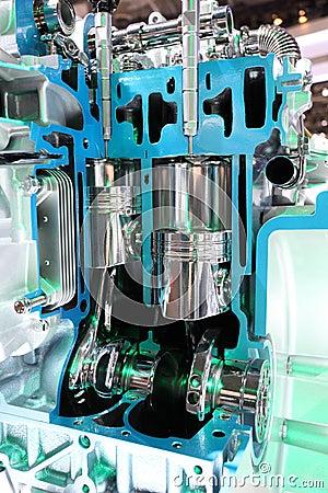 Four stroke automobile engine