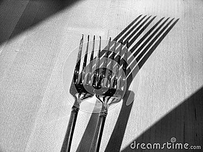 Fourchettes et ombres