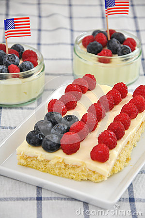 Free Fourth Of July Cake Royalty Free Stock Photography - 30568897