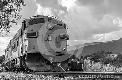 Diesel locomotive fp7 on verde canyon railroad editorial for Electro motive division of general motors