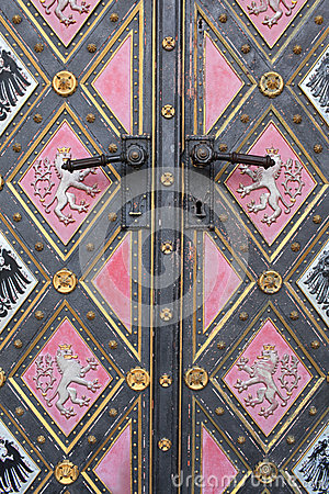 Free Fragment Of Door Of The Cathedral Royalty Free Stock Photography - 39670757