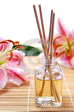 Fragrance sticks or Scent diffuser with flowers