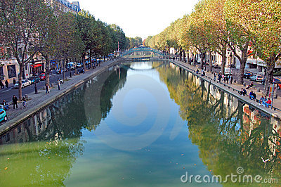 France, Paris: Canal Saint-Martin