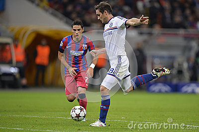 Frank Lampard tire la boule Image stock éditorial