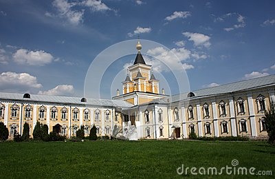 The fraternal Corps and Who Sorrow Church. St. Nicholas Ugreshsky monastery.