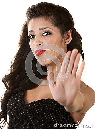 Frau, die gestikuliert, um zu stoppen