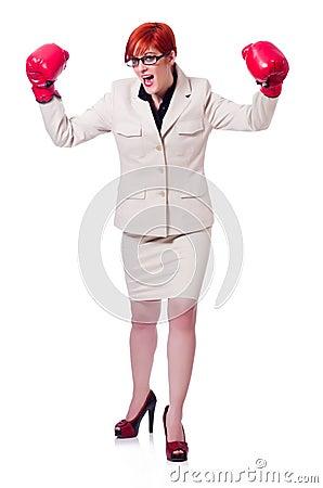 Frauengeschäftsfrau mit Boxhandschuhen